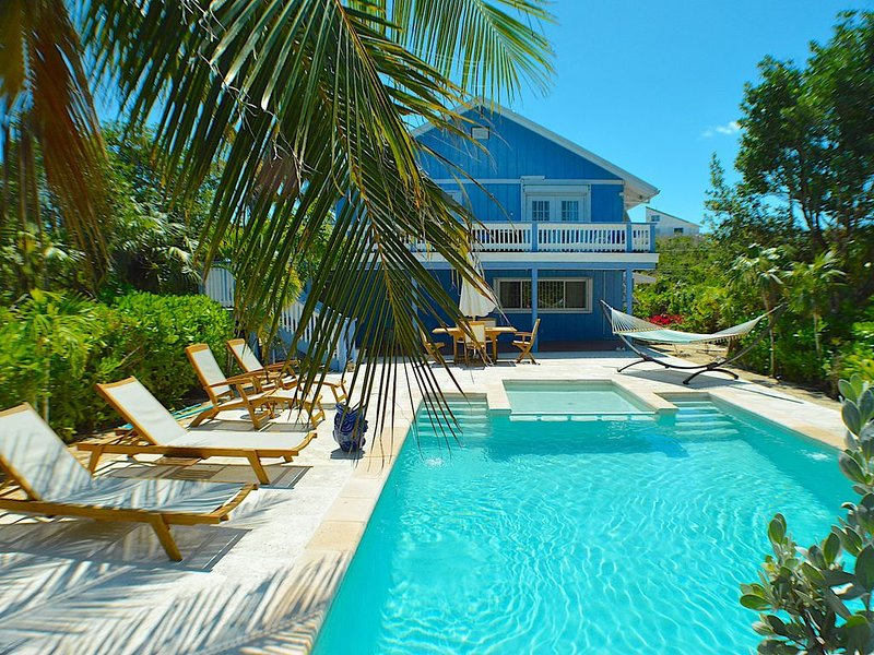An Island Getaway, Private, close to Grace Bay Beach - SPECIALS!, holiday rental in Providenciales