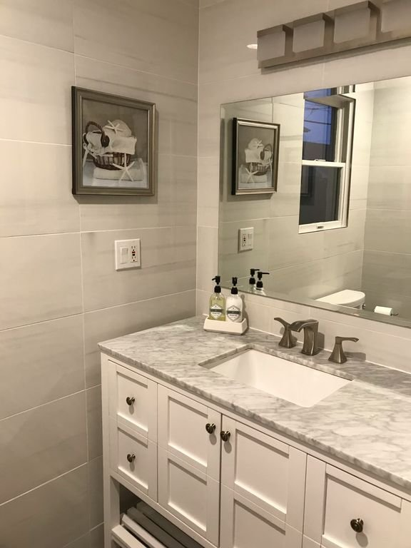 Brandneues Badezimmer. März 2019 renoviert