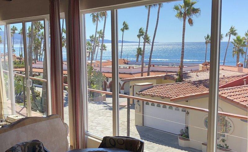 Las Gaviotas Magic! 2 bed, 2 bath + den - Romantic - Wi-Fi - Views!, alquiler de vacaciones en Rosarito