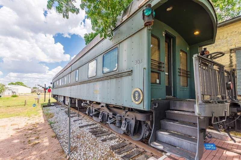 1894 Private Pullman Palace Car, vacation rental in Fredericksburg