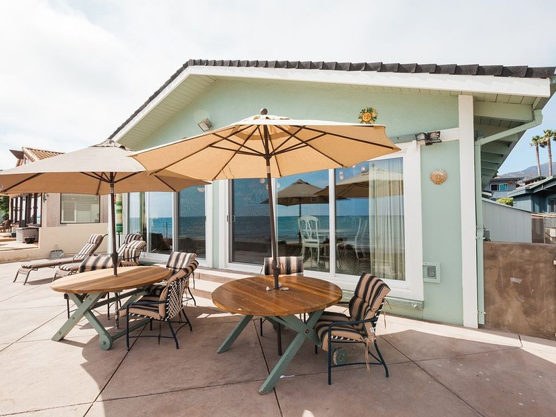 Ocean-Front, Faria Beach Home in Gated Community!, vacation rental in Ventura