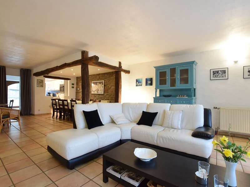 Located on the village square, onumental, deluxe gite., holiday rental in Manhay