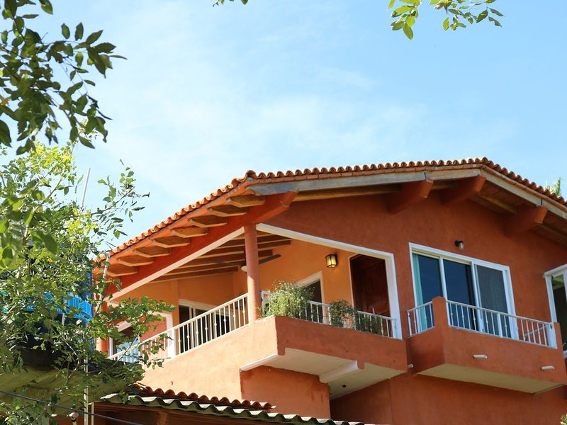 FOR TRAVELERS SEKING AN 'AUTHENIC MEXICAN EXPERIENCE', holiday rental in Cabo Corrientes