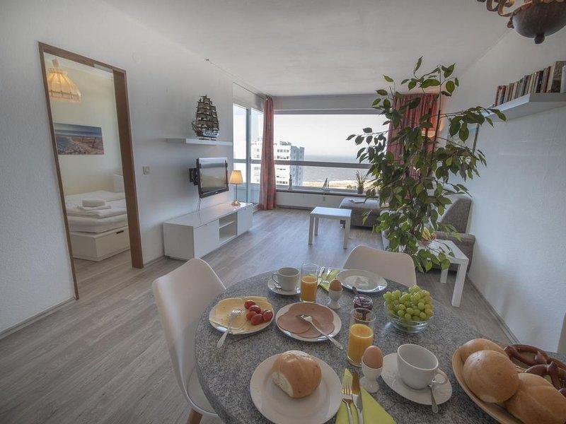 FB 15.09 - Bezaubernde Ferienwohnung mit Seesicht, Schwimmbad und Sauna im Haus,, holiday rental in Nordholz