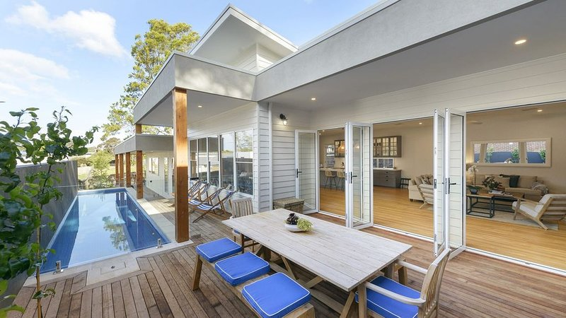 Sea La Vie - walking distance to the beach and the charming village of Flinders, vacation rental in Mornington Peninsula
