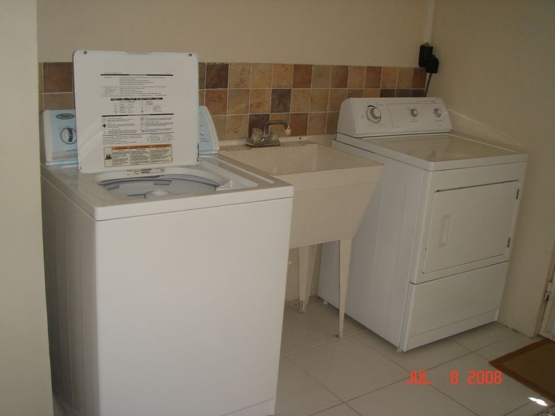 # 2 Greame Hall Park - 1 bedroom - Car Optional, holiday rental in Vauxhall