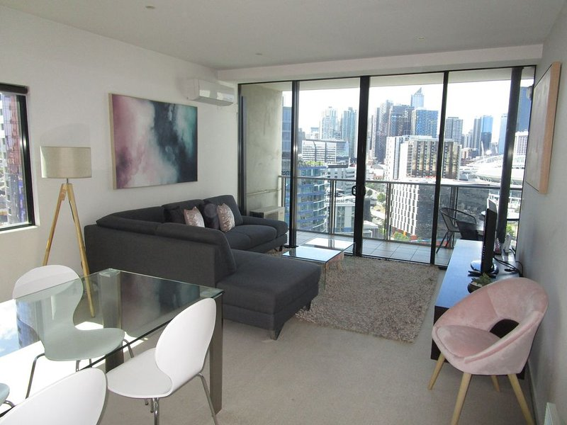 Harbour Escape Apartments Docklands, vacation rental in Melbourne