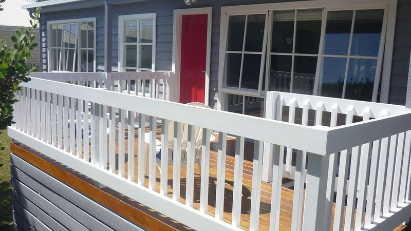 Beachside Escape - tranquil retreat at St Andrews Beach, vacation rental in Fingal