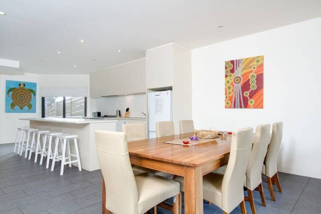 new pool, alfresco  dining. Off street parking for 4 cars., holiday rental in Sorrento