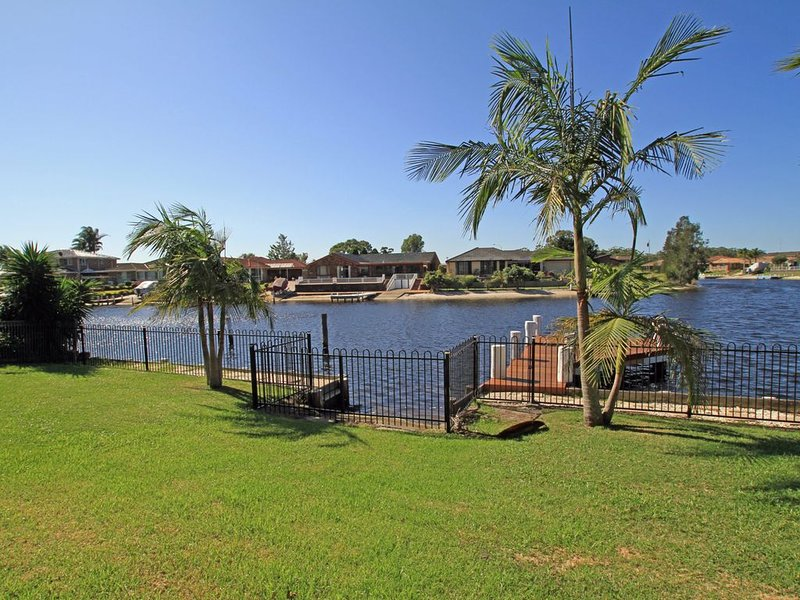 Unbeatable Waterfront Location, holiday rental in Sussex Inlet