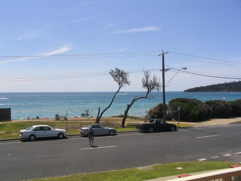 ULTIMATE BEACH FRONT HOLIDAY !!!!, vacation rental in Merricks North