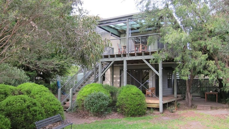 Island Tree House in Ventnor, vacation rental in Ventnor