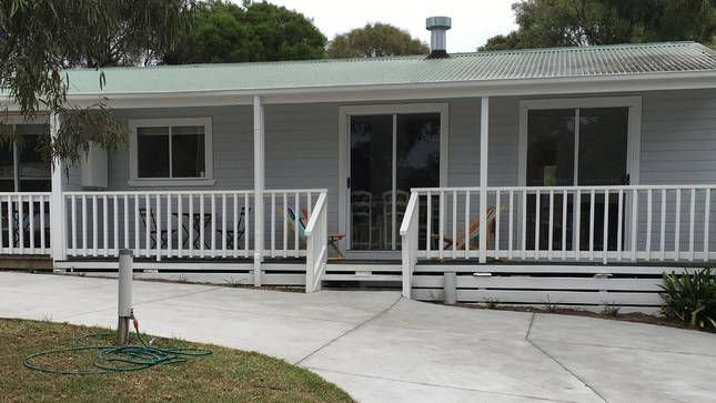 Miss McCrae walk to everything!!!!, holiday rental in McCrae