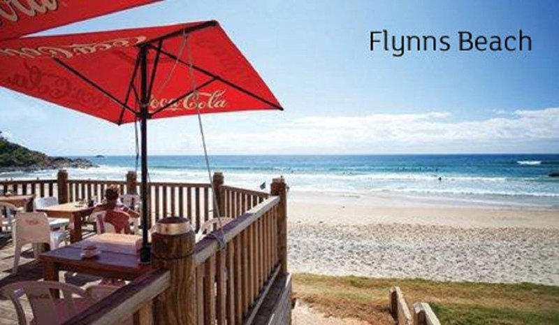 'PACIFIC POINT' ONLY AVAILABLE CHRISTMAS SCHOOL HOLIDAYS, vacation rental in Port Macquarie