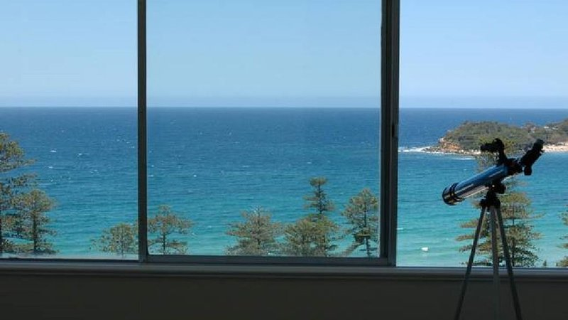 Manly Beach Panorama, holiday rental in Fairlight