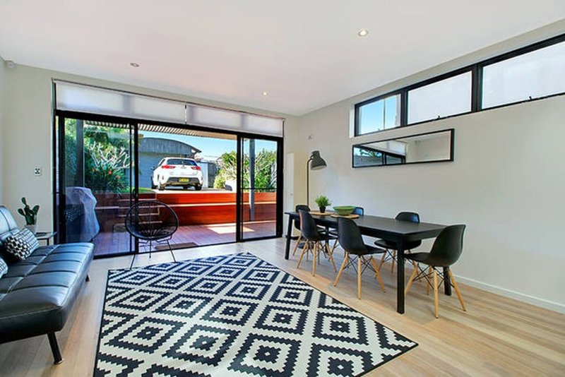 Clovelly/Bronte Shoreside - 4 bedroom house, holiday rental in Randwick