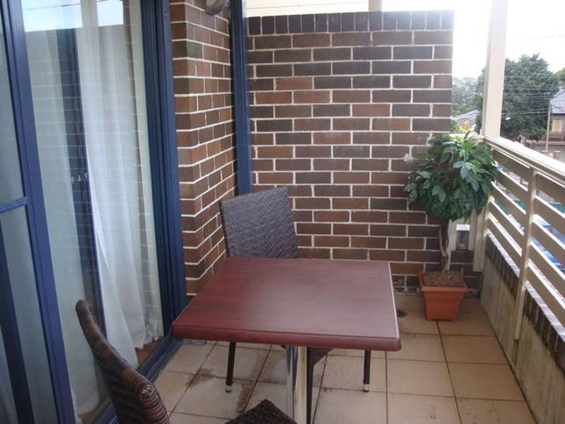 Accommodation Inner Sydney Earlwood, holiday rental in Summer Hill