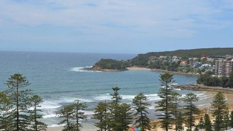 Manly Beach Breeze - Located at Manly Beach, holiday rental in Fairlight