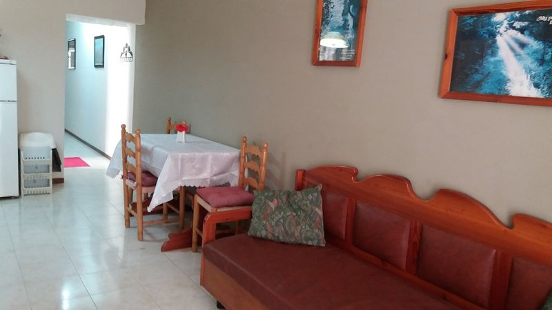 A  nice cosy 2 bedroome apartement in Xlendi, vacation rental in Munxar