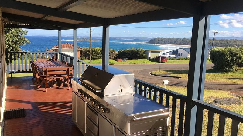Allambie Beach House - Amazing views, vacation rental in Shoalhaven