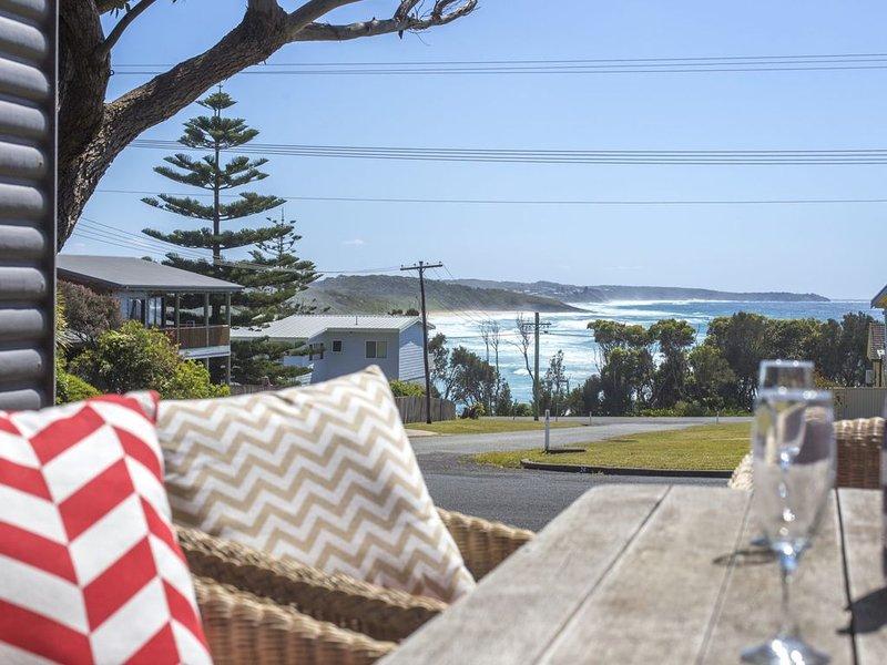 Stunning Views - 17 Highview Dr, Ferienwohnung in Kings Point