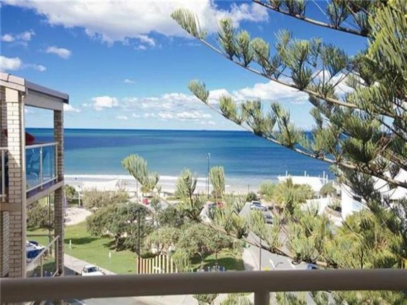 Unit 6 Alinga, Kings Beach, vacation rental in Caloundra