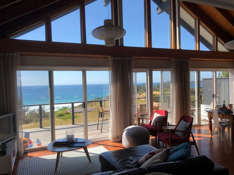 The Lighthouse on Culburra Beach, holiday rental in Culburra Beach