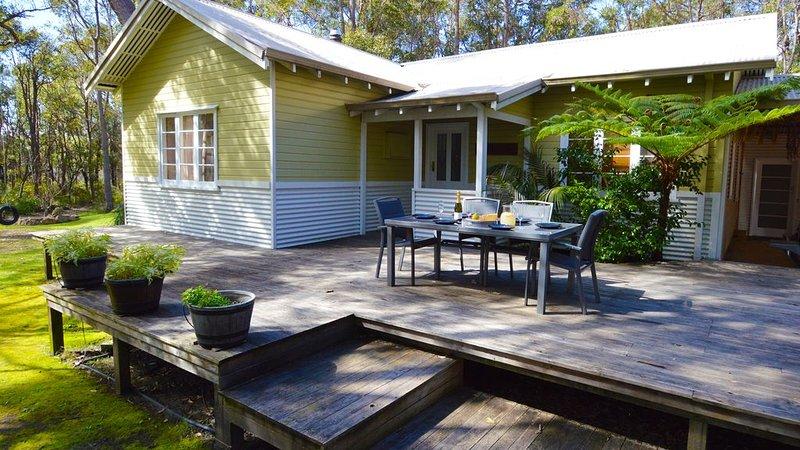 Blue Wren Lodge - Pet friendly, family accommodation in Denmark, holiday rental in Denmark