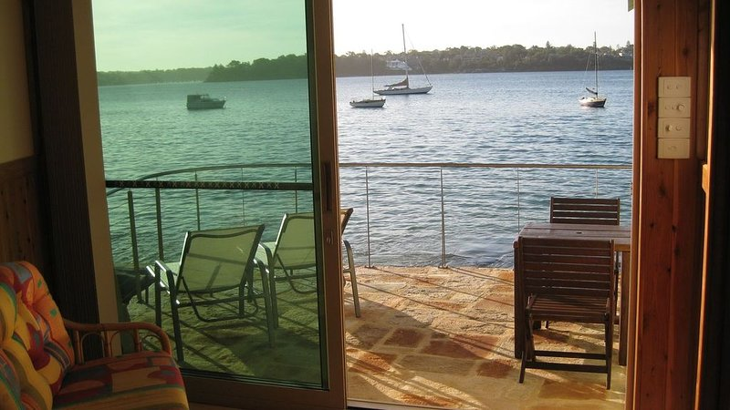 Bundeena Boatshed - absolute beachfront, holiday rental in Greater Sydney