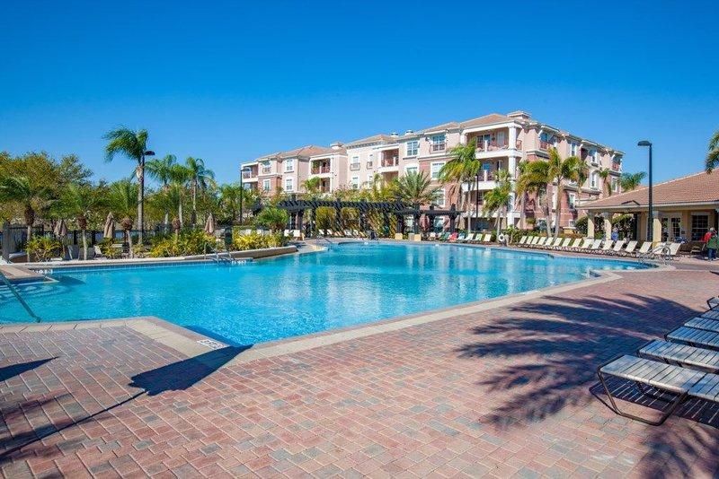 Premium Vista Cay Condo [CDC COMPLIANT] l 2006, holiday rental in Pine Castle
