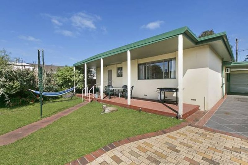 Pet Friendly Brightside Cottage, holiday rental in McCrae