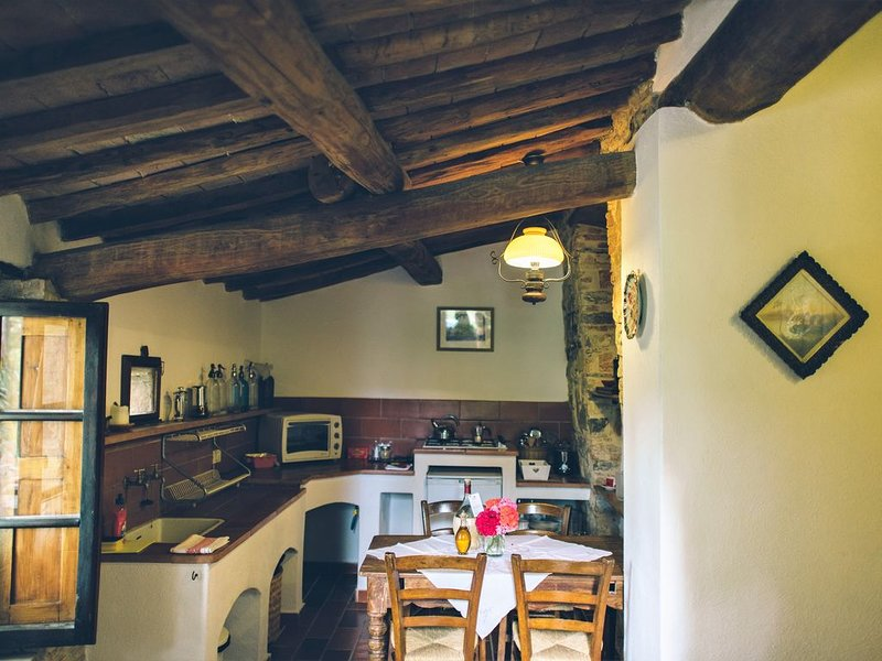 Forno's kitchen and dining area