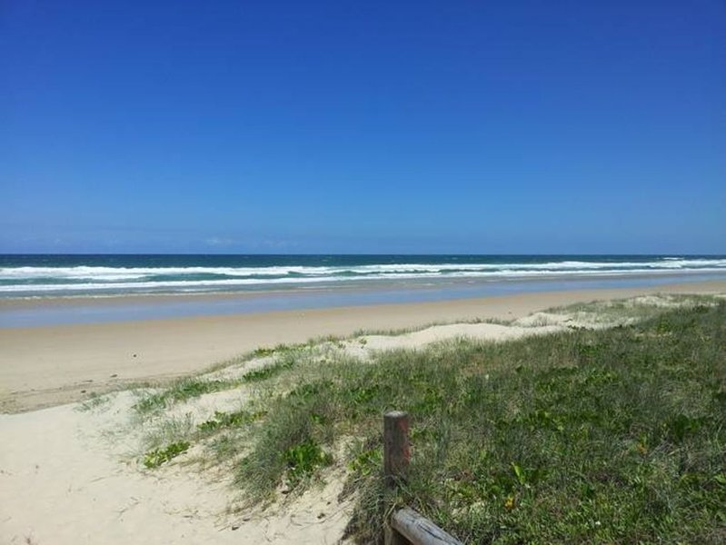 Shearwater House - Beachfront * Peregian Beach, casa vacanza a Noosa