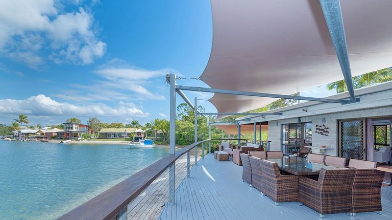 Private Noosa River Shack, holiday rental in Tewantin