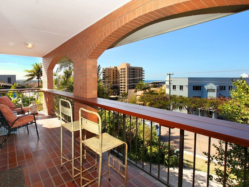 Sit back relax and enjoy the view, vacation rental in Coolum Beach
