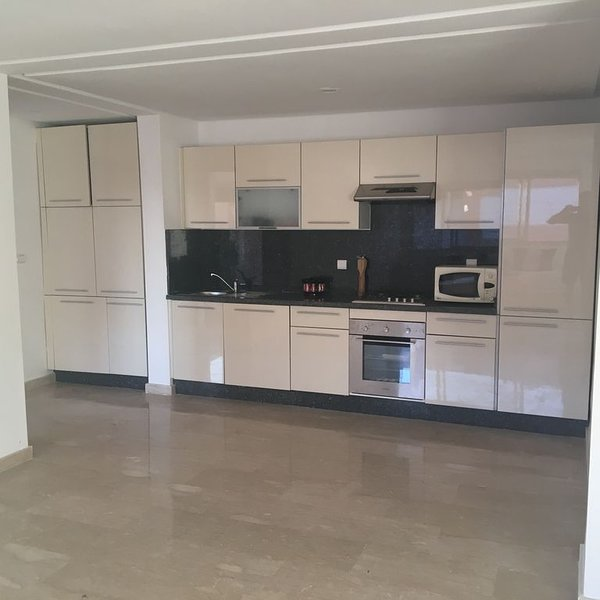 Apartment in a waterfront luxury property, Ferienwohnung in Imi Ouaddar