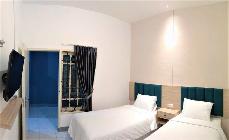 Kokonut Guesthouse is a premium home stay with reasonable price, holiday rental in Surabaya