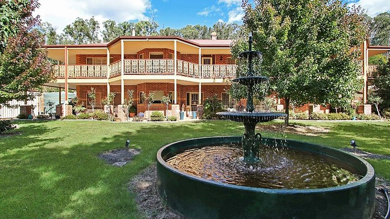 Snowy Creek Luxury Accommodation -Bright/Freeburgh, alquiler vacacional en Mount Hotham