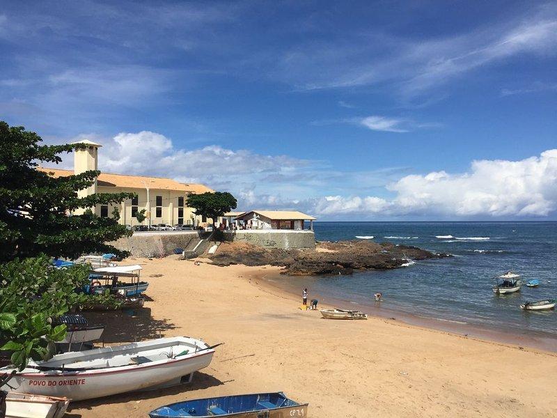 Apartamento em ótima localização em Salvador-BA, holiday rental in Salvador
