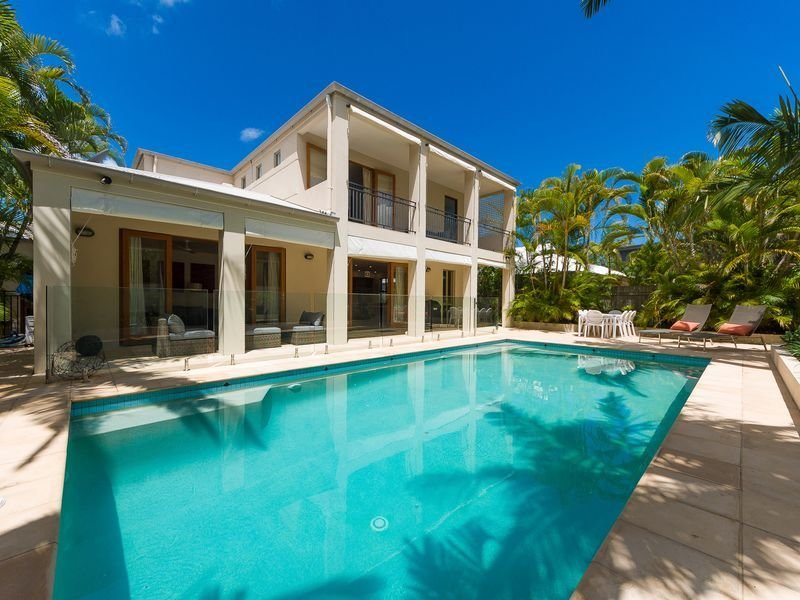 Luxury Noosa Sound Holiday House, location de vacances à Doonan