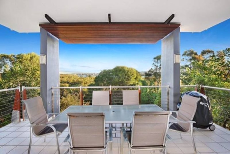 Luxurious Beachside Unit...Twin Waters, holiday rental in Diddillibah
