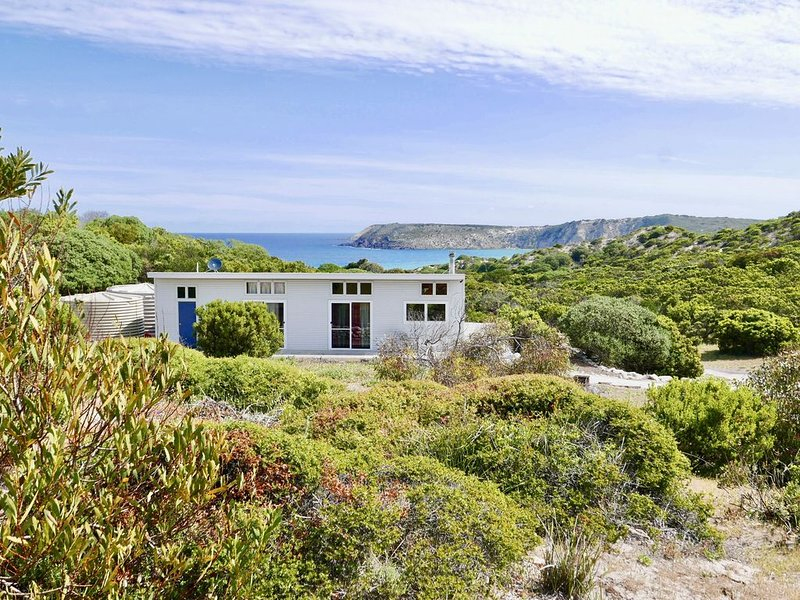 Allure Beach Retreat - Privacy, Nature, Direct Beach Access, holiday rental in Kangaroo Island