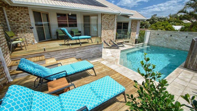 CastAdrift - NBN & Pet Friendly, holiday rental in Sunrise Beach