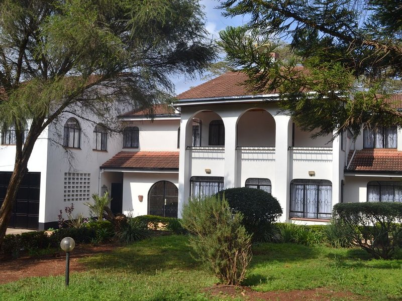 Quiet, Secure And Serene, Comfortable Home In Karen, Nairobi, Kenya, vacation rental in Kiserian