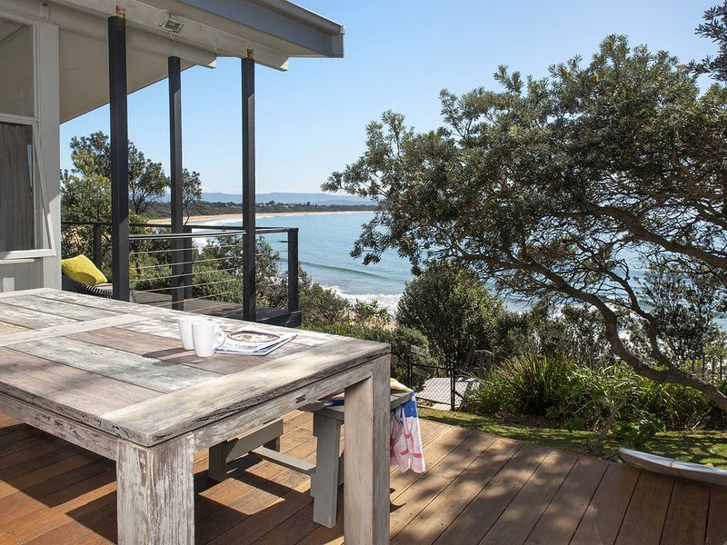 True North - BEST VIEWS IN CULBURRA, holiday rental in Culburra Beach