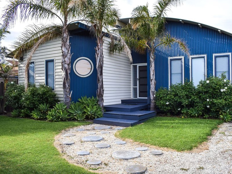 BLUE WAVE Family Holiday House, vacation rental in Arthurs Seat