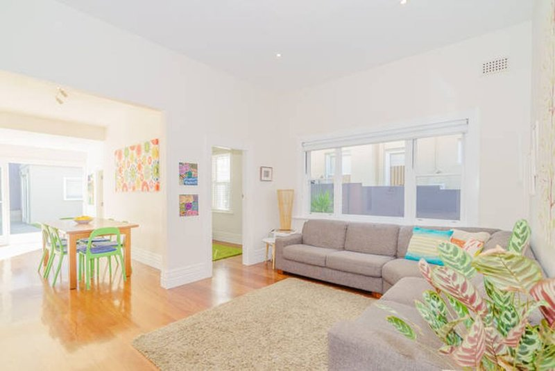 Bright relaxed Bondi house - Walk to the beach!, vacation rental in Bondi