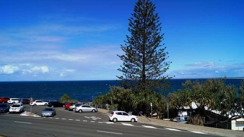 KINGS EDGE, Unit 3, Kings Beach, vacation rental in Caloundra