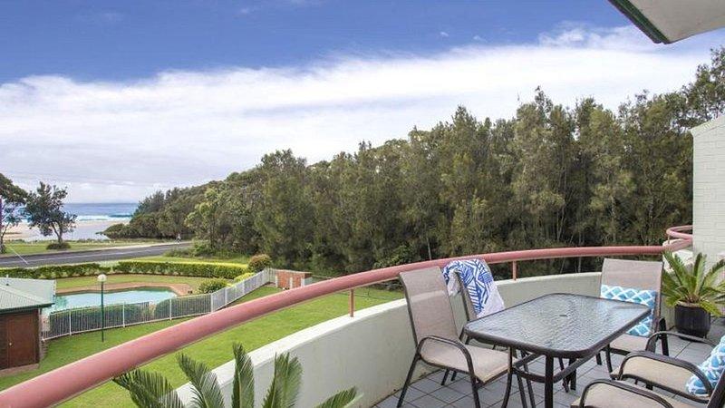 Fathoms 15 Beach, pool, Tennis and Wifi Linen Provided, aluguéis de temporada em Mollymook