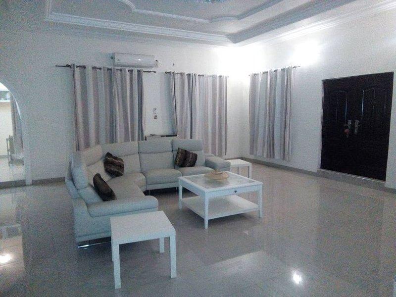 VACATION HOME: Luxury 3 bedroom house, vacation rental in Prampram